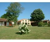 SW FRANCE - 5 Ac. extended family estate. POOL. Main house + 4 rental income cottages