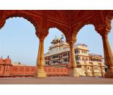 Chiku Cab a leading online cab service provider in Jaipur