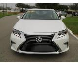 Looking to Sell my 2016 LEXUS ES 350 WHITE