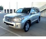Selling Used LEFTHAND DRIVE 2013 / TOYOTA LAND CRUISER V8 5.7...$15.000USD